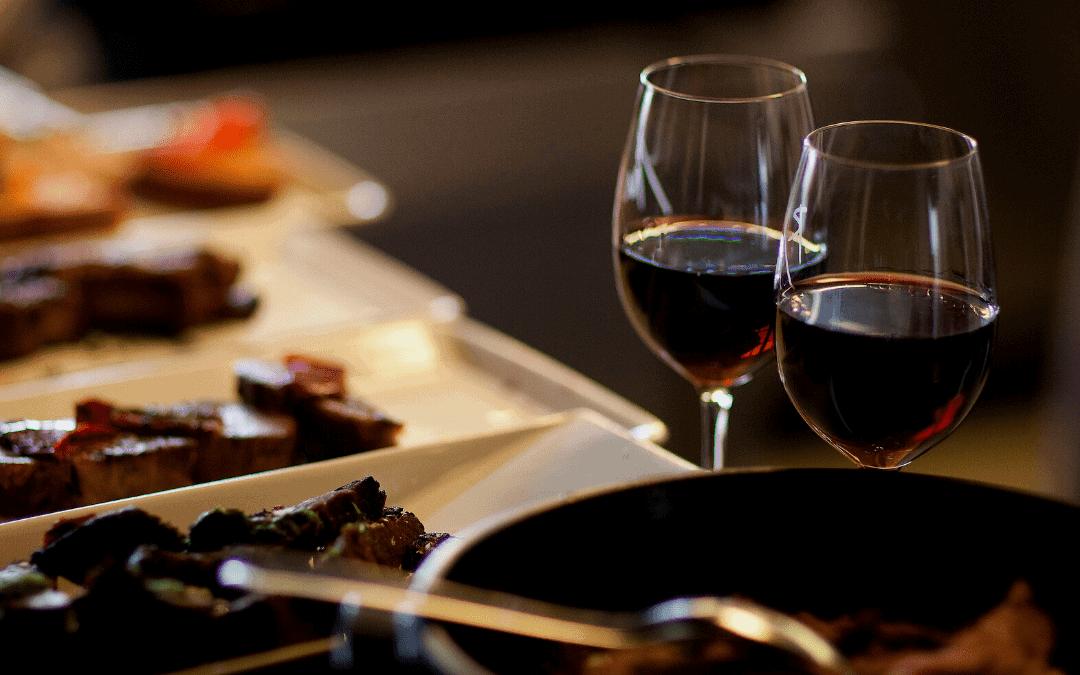 Cozinhar com vinho: Como deixar sua comida mais gostosa