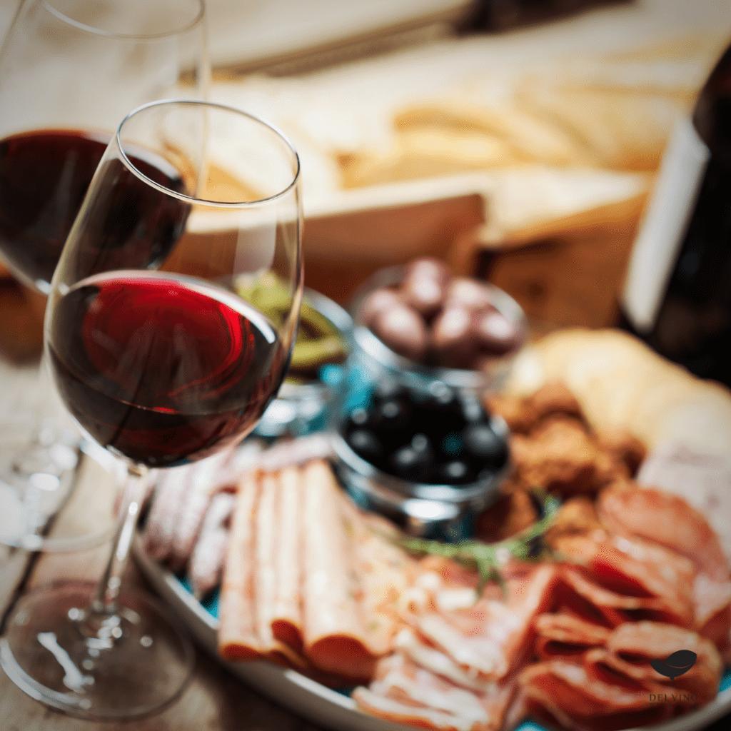 o que combina com vinho